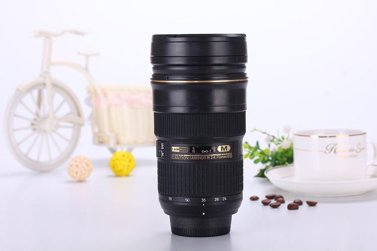 Termo taza en forma de lente fotográfico
